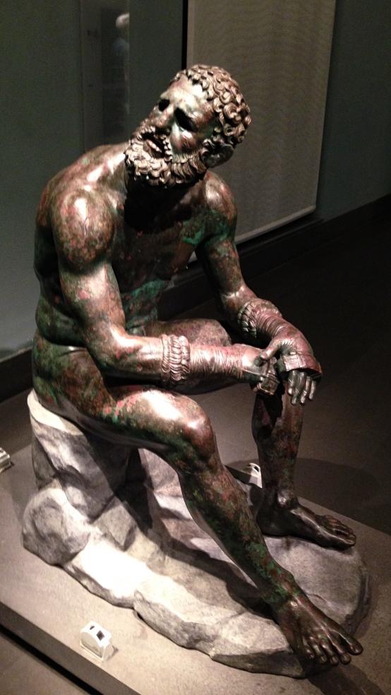 Boxer_statue