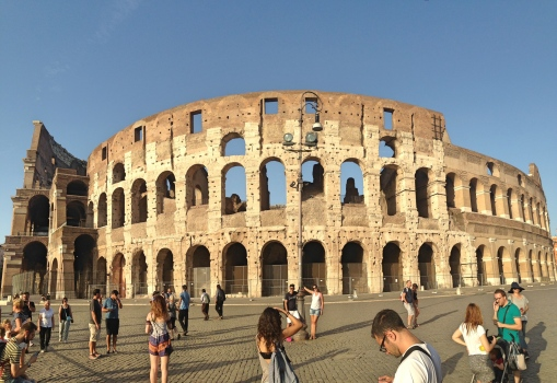 colosseum-entire