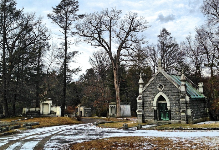 A Walk through the Sleepy Hollow Cemetery