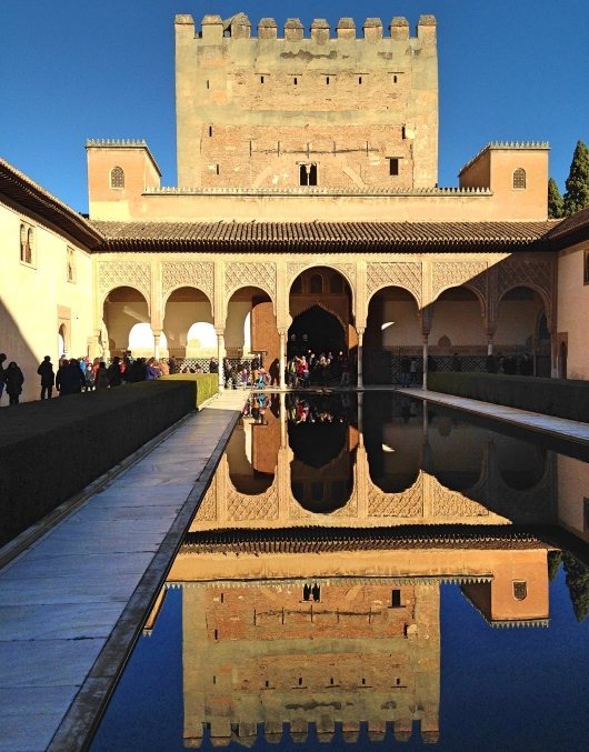 Alhambra_Reflection