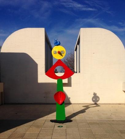 Miro_Statue