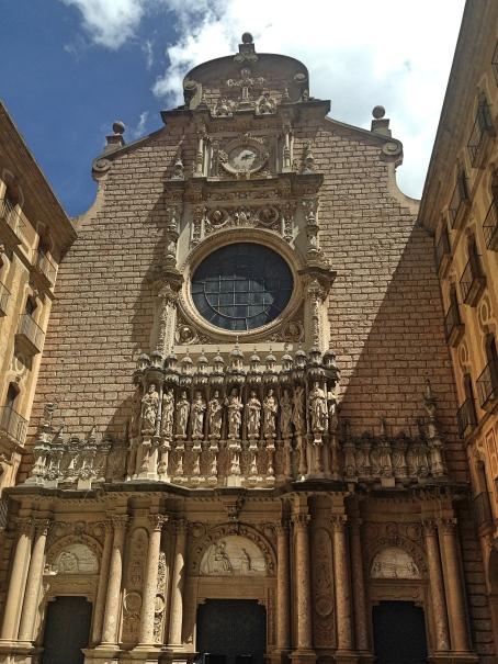 Montserrat_facade