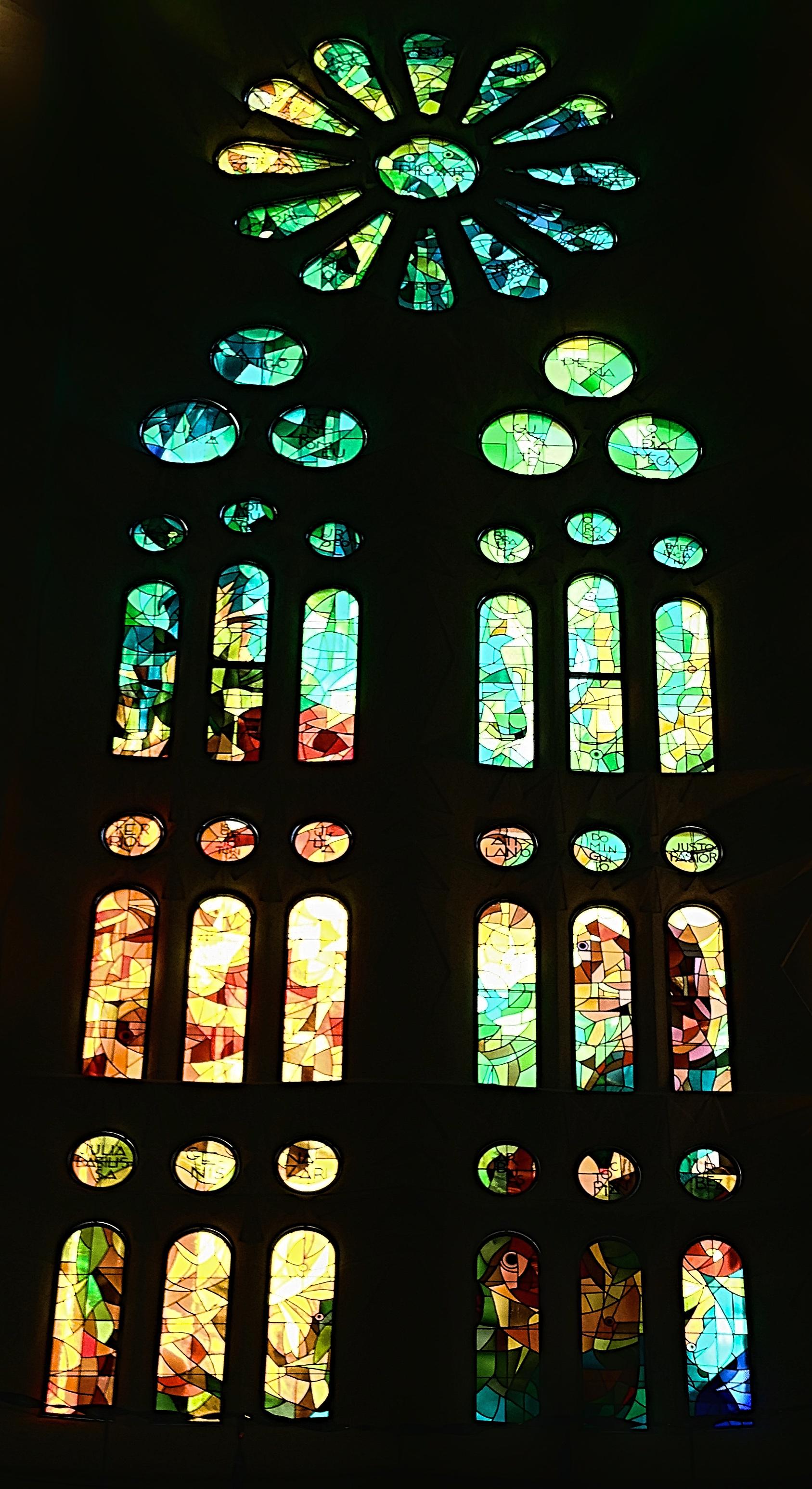 sagradafamilia_stainedglass