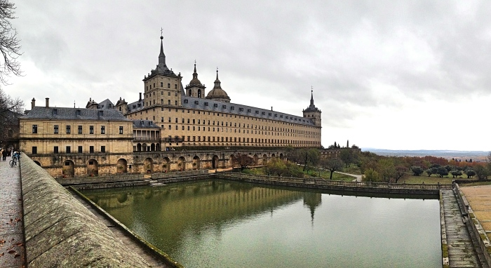 elescorial_reflection.jpg