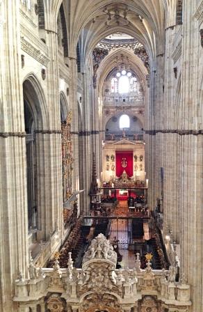 Salamanca_cathedralinterior