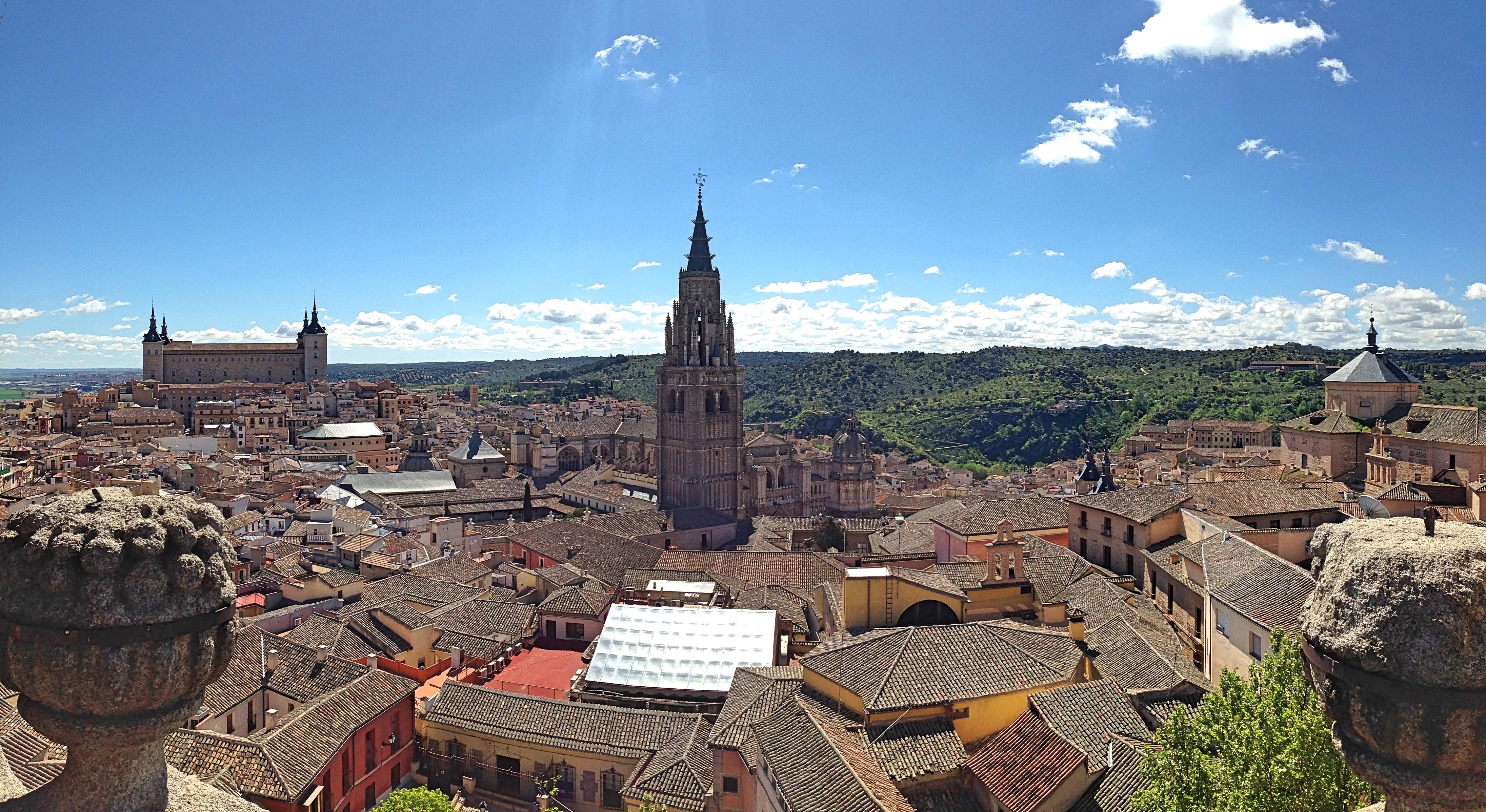 Toledo_jesuit