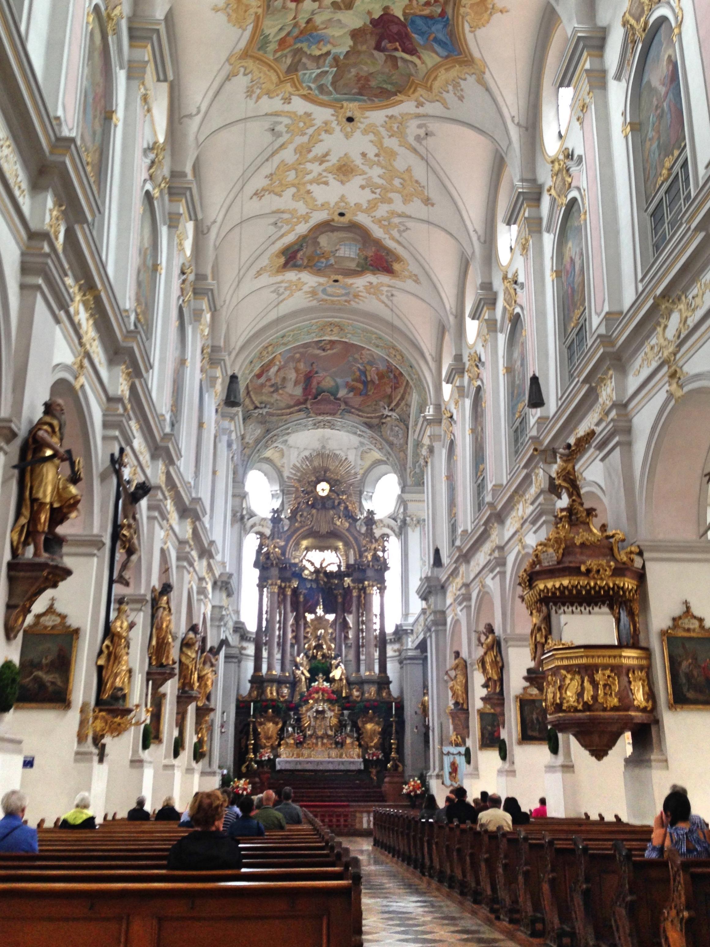 Munich_peterskirche