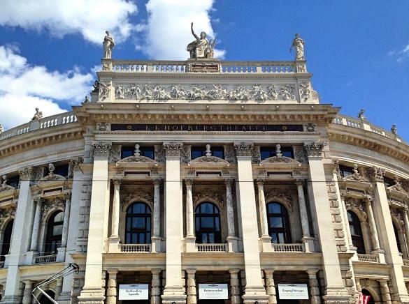 Vienna_Theater