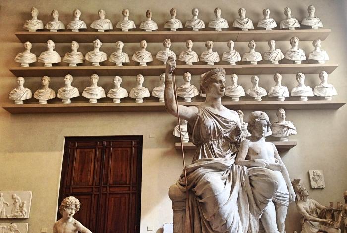 Galleria_sculptures