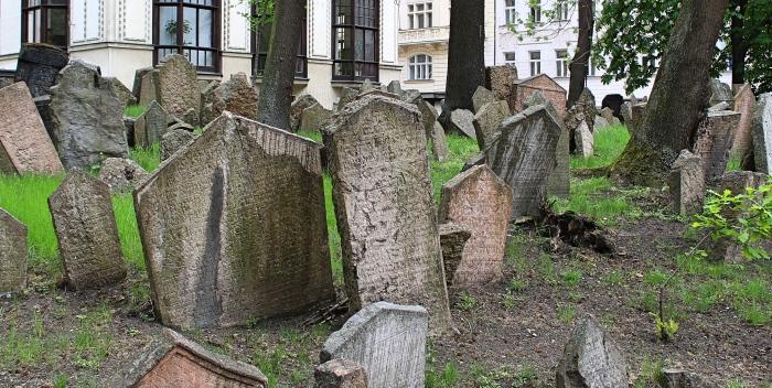 Jewish_cemetery