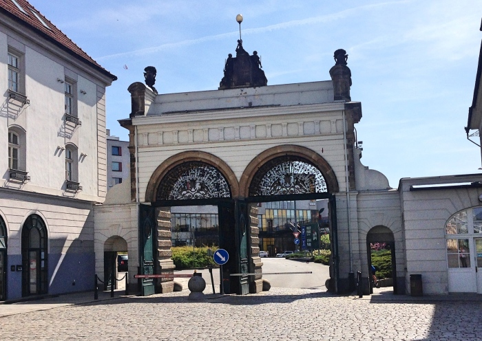 Pilzen_entrance