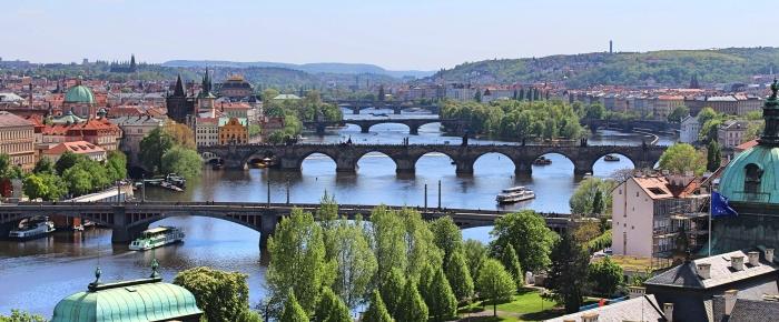 Prague_riverview
