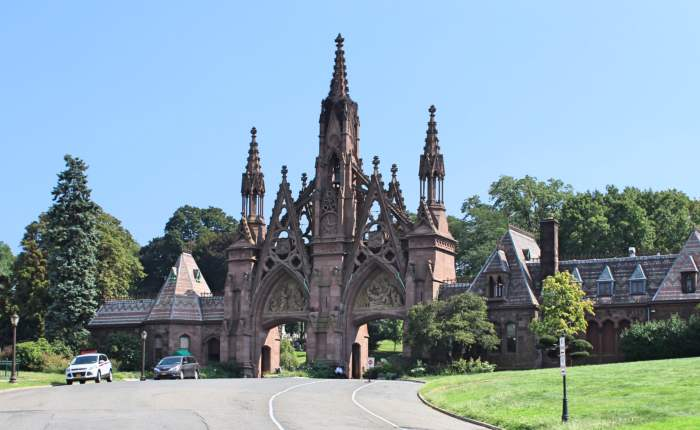 Two NY Cemeteries: Green-Wood and Woodlawn